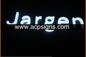 full lighted 3D plastic led strong visual impact letter signage