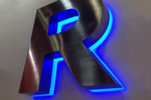 High quality Custom Size lighted outdoor backlit metal letter for signs