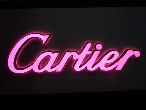 Internally Illuminated Sign Logo with Vinly with Translucent Plexi Faces