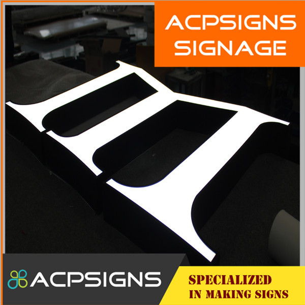 High Brightness Acrylic Face Stainless Steel Side Letters Sign