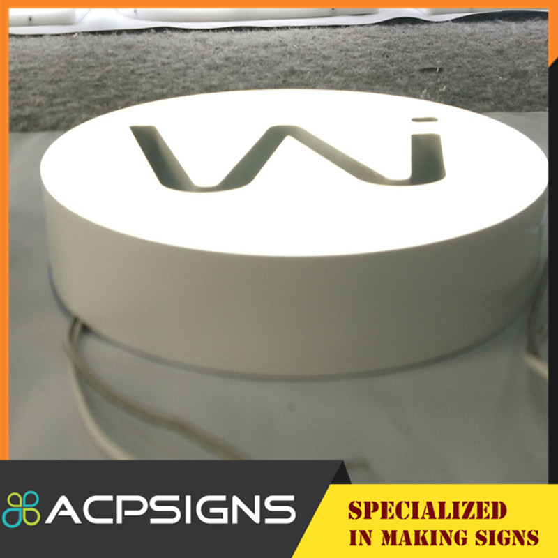 2015 Well LED Embossing Acrylic Letter Sign