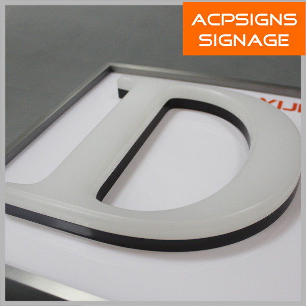 Attractive High Luminous White Acrylic Letter