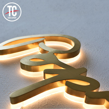Hot sale mirror or brushed face 3d letter acrylic base alphabet letters led metal light letter