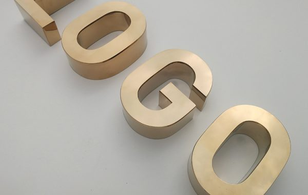 3D-Stainless-Steel-Letters-English-Channel-Letters