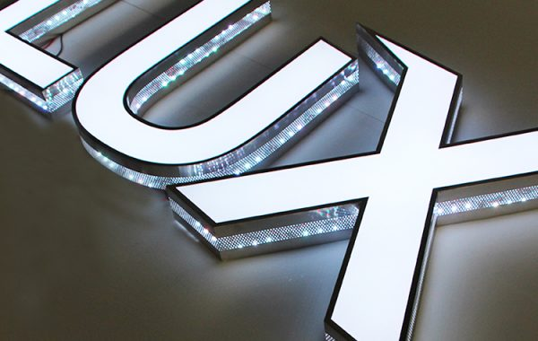 Seven-Colors-RGB-Led-Channel-Letter-Changeable (4)